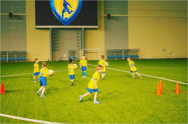 Фото - оказание услуг по подготовке юных футболистов