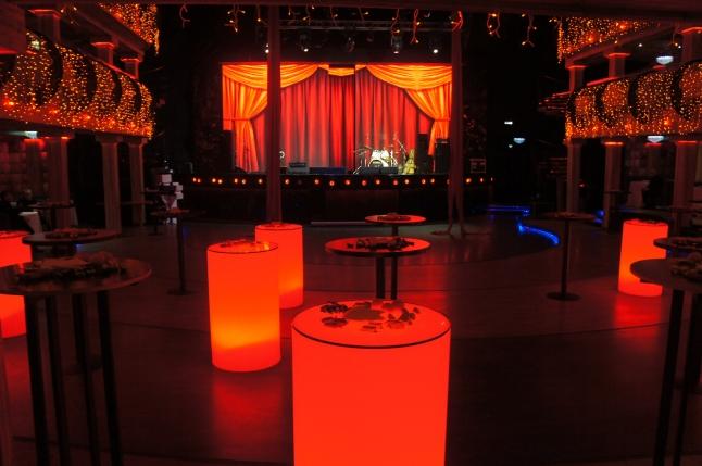 Фото - Развлекательный комплекс с концертной площадкой